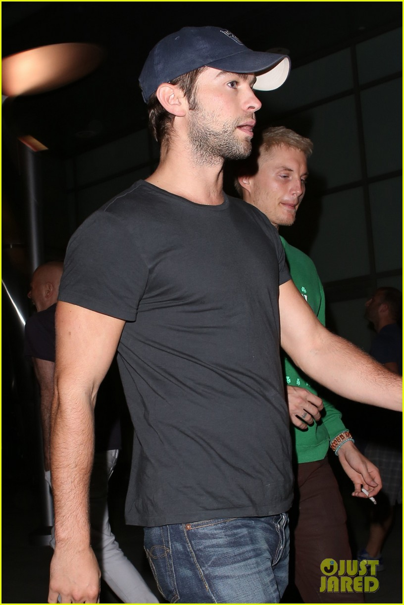 chace crawford arclight movie outing 022897666