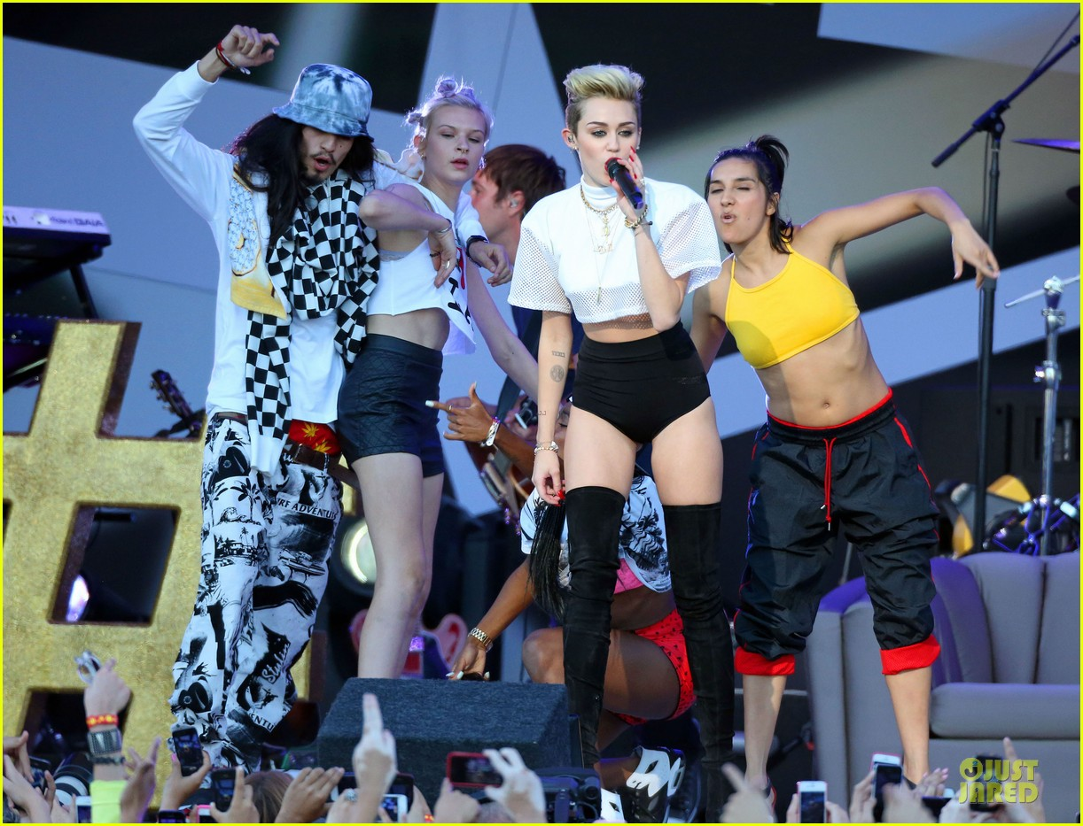 miley cyrus jimmy kimmel live performance watch now 122898628