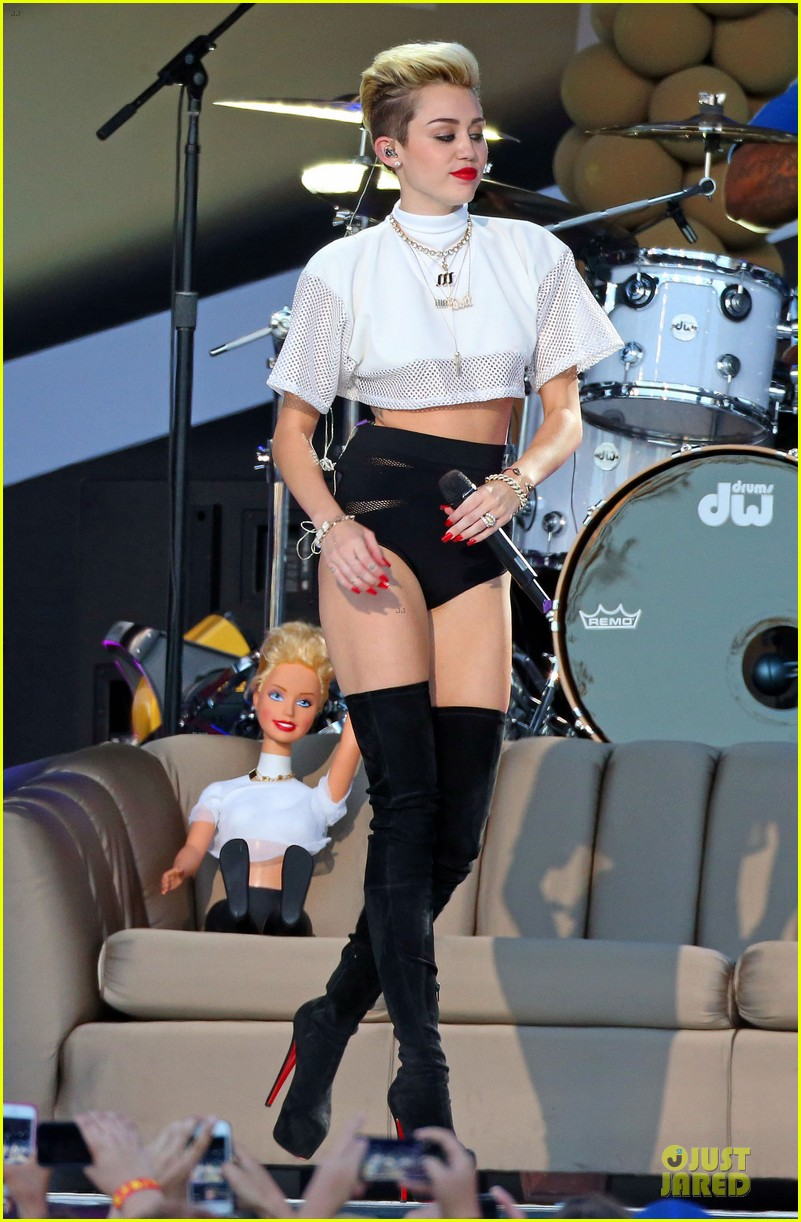miley cyrus jimmy kimmel live performance watch now 17