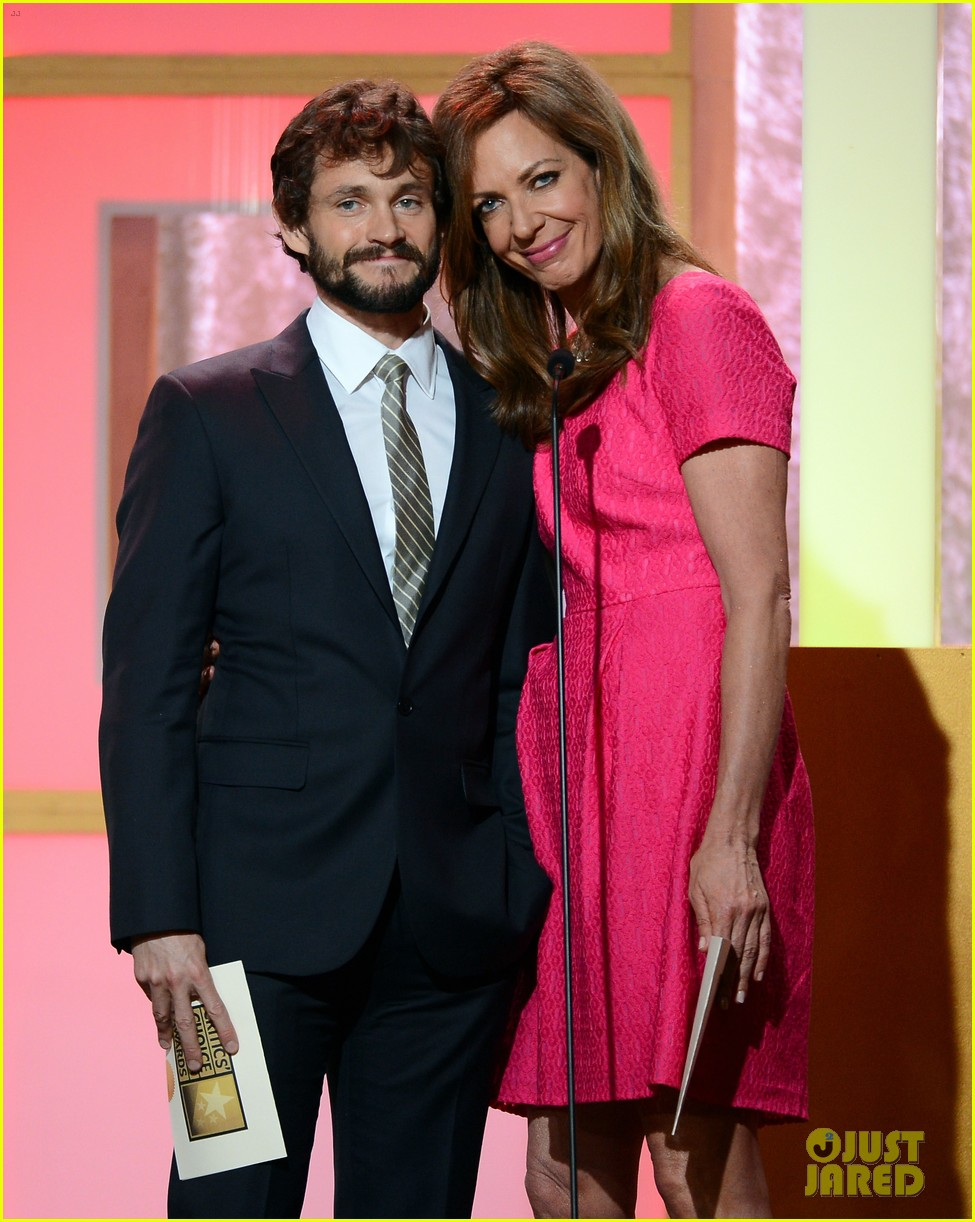 hugh dancy sutton foster critics choice tv awards 2013 022888822