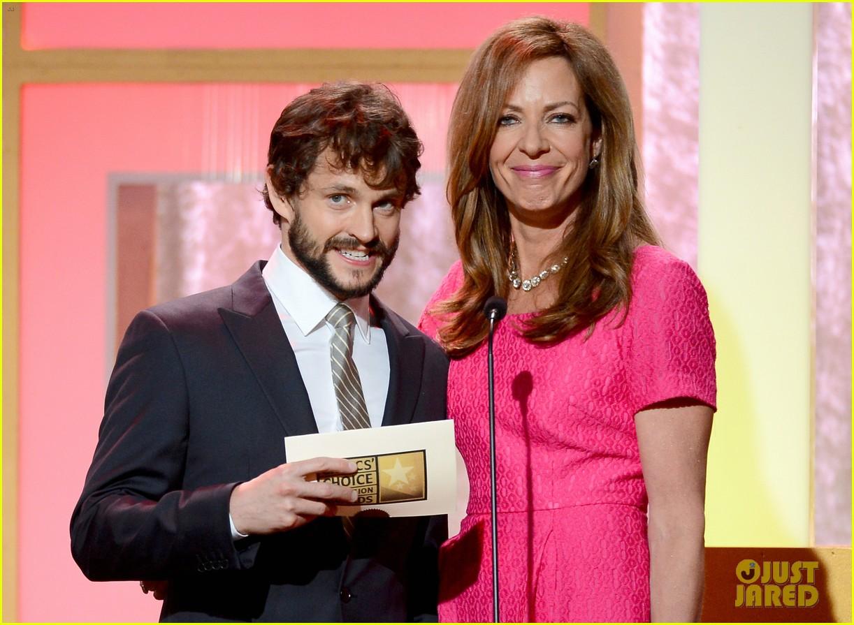 hugh dancy sutton foster critics choice tv awards 2013 202888840
