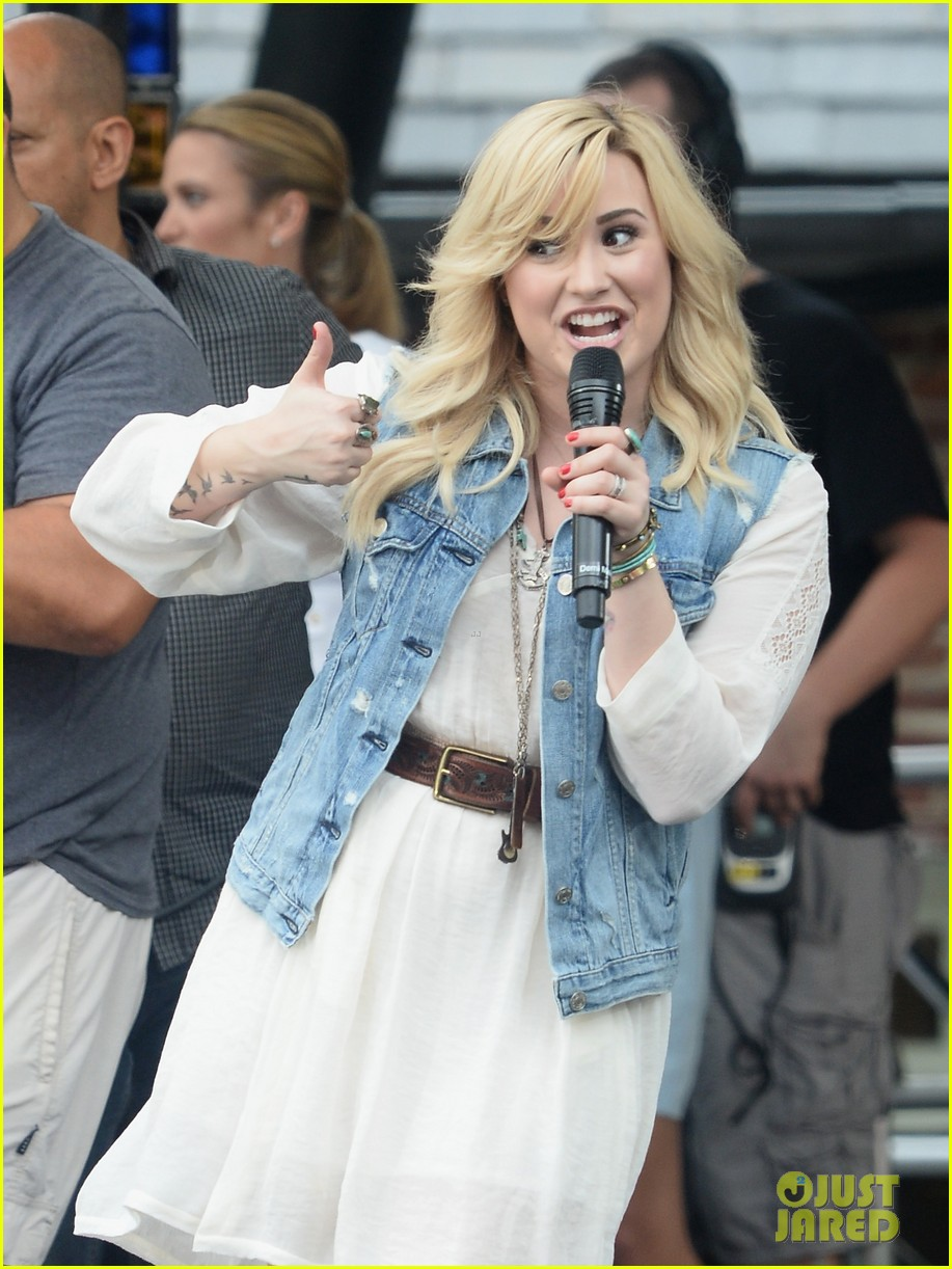 demi lovato good morning america summer concert performer 042899952