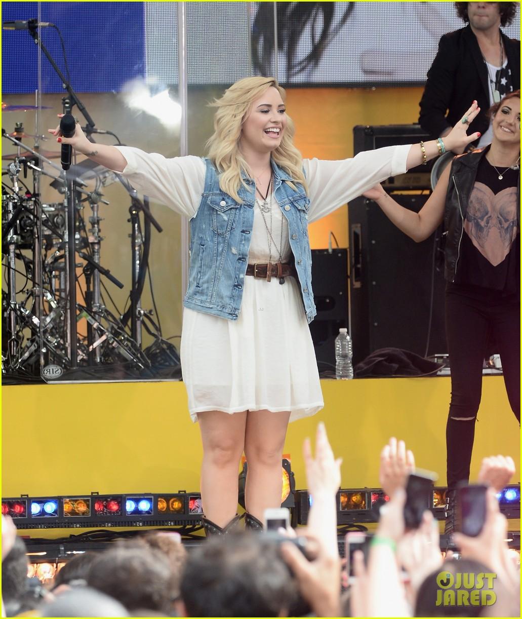 demi lovato good morning america summer concert performer 102899958