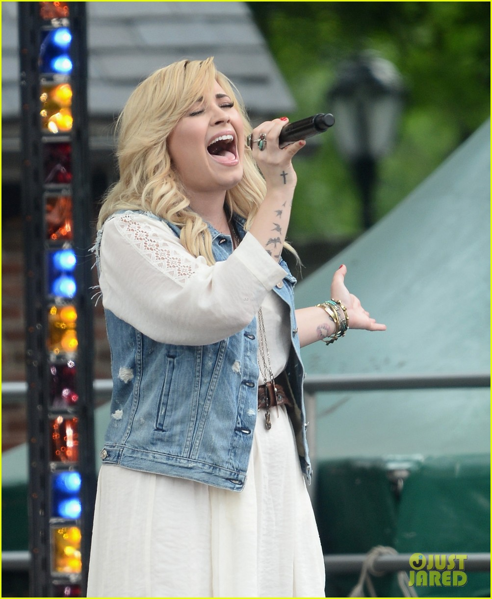demi lovato good morning america summer concert performer 192899967