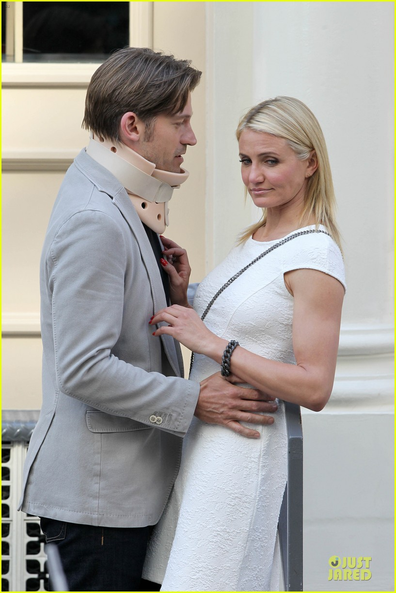 cameron diaz nikolaj coster waldau neck brace on other woman set 08