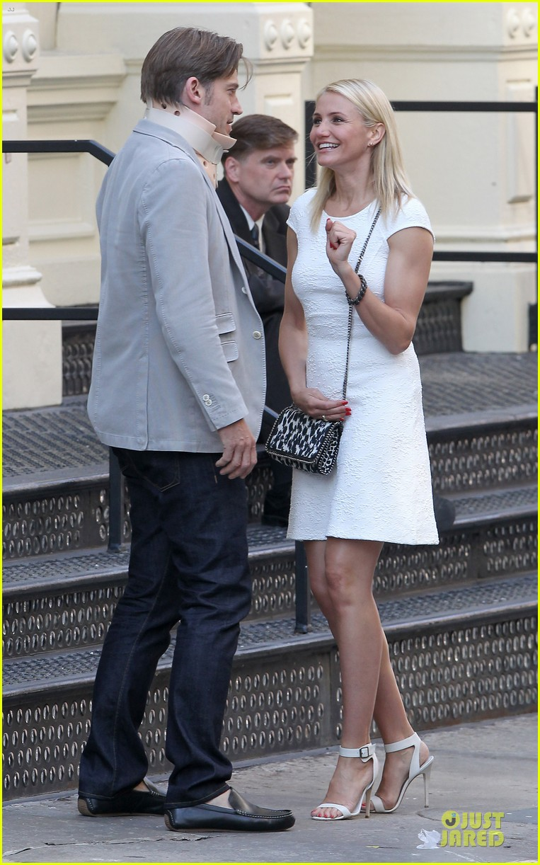 cameron diaz nikolaj coster waldau neck brace on other woman set 19