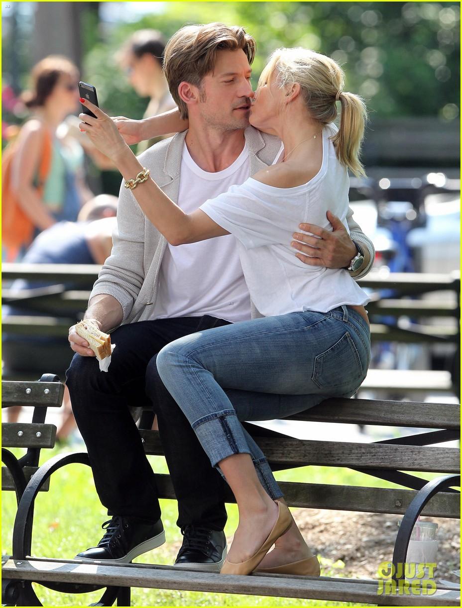 cameron diaz nikolaj coster waldau lock lips on set 132897612