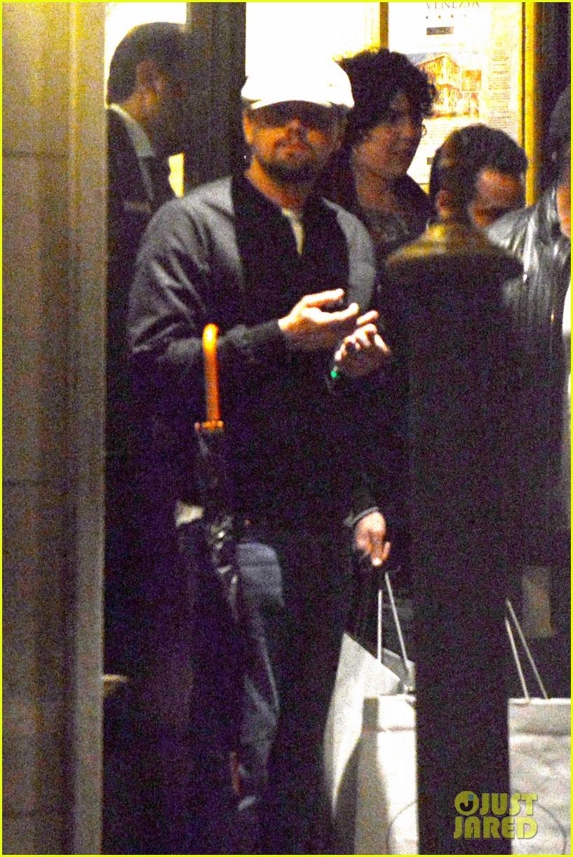 leonardo dicaprio venice night out with mom irmelin 062882268