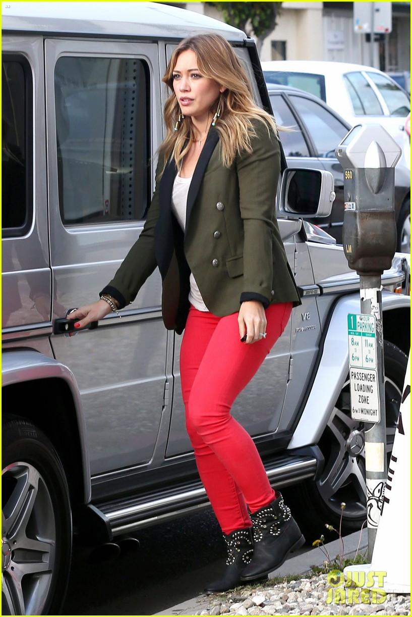 hilary duff daily outings with luca 282890861