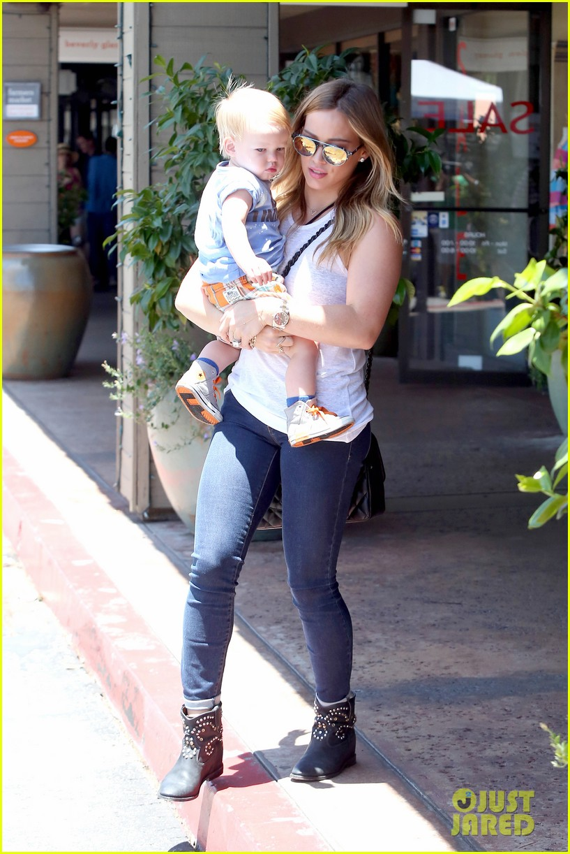 hilary duff fathers day weekend mike comrie baby luca 10
