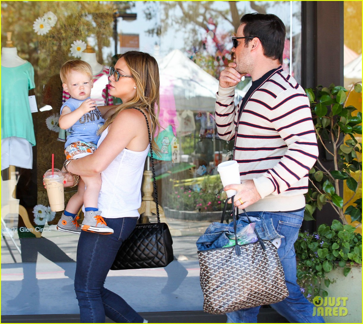 hilary duff fathers day weekend mike comrie baby luca 262892693