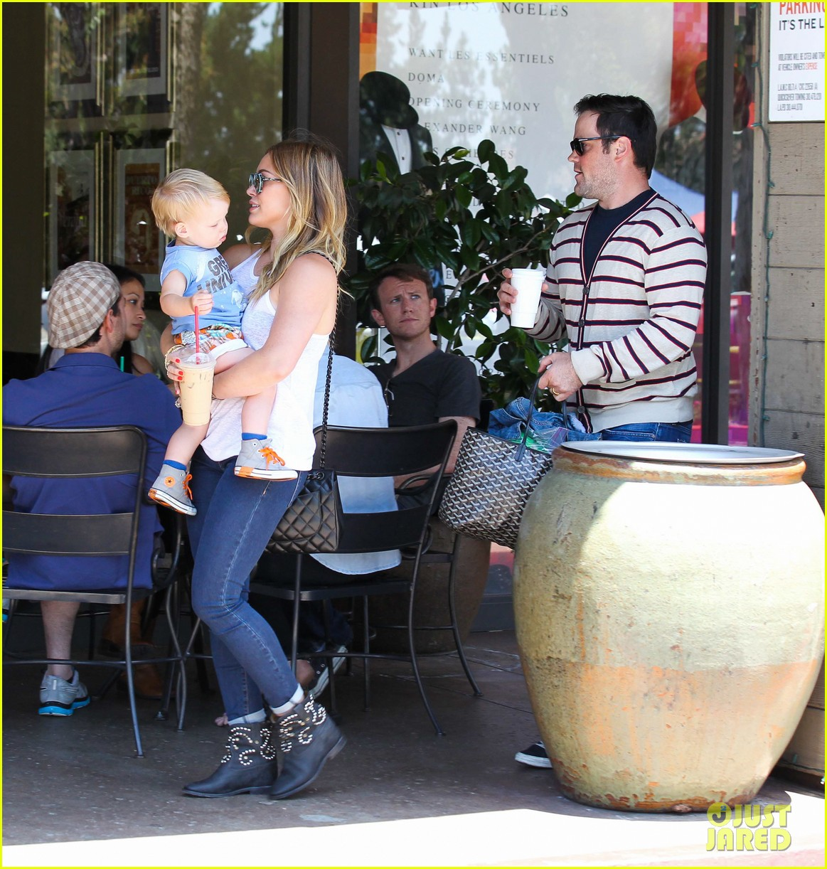hilary duff fathers day weekend mike comrie baby luca 312892698