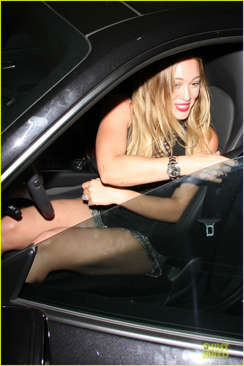 hilary duff hollywood freaks me out 102900301