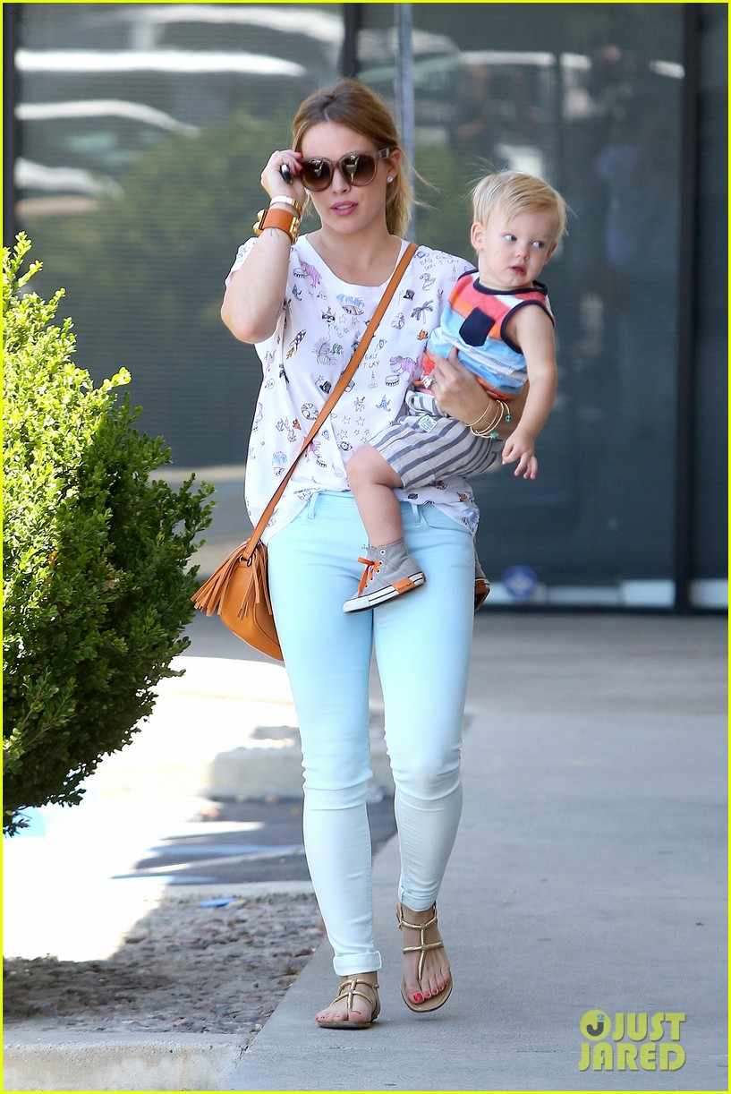 hilary duff aching from laughter after this is the end 072894939