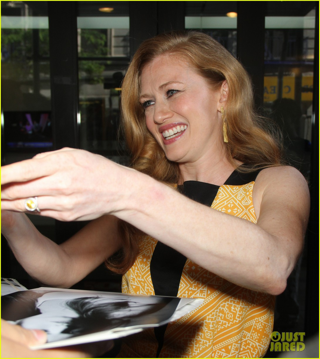mireille enos world war z promo in new york 112893009