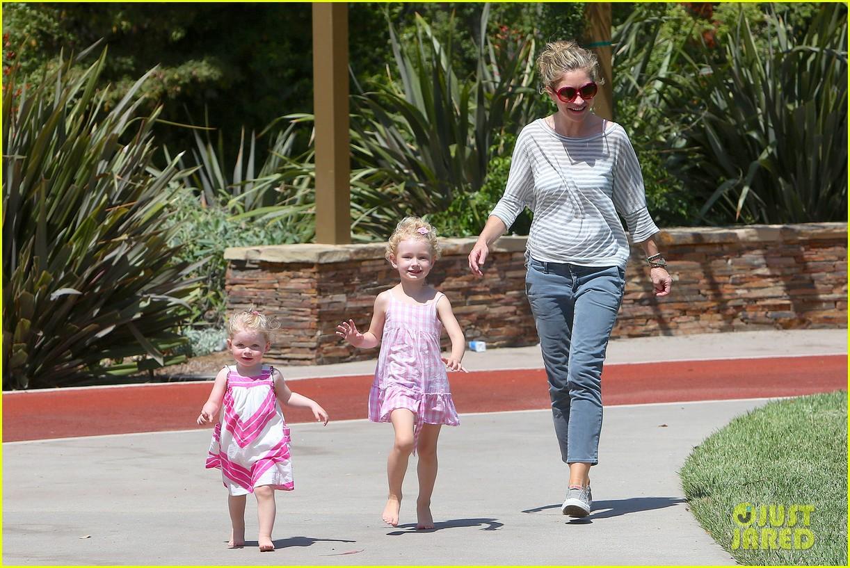eric dane push ups with daughter billie 032897052