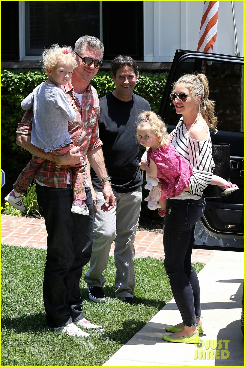 eric dane rebecca gayheart spend sunday with the girls 13