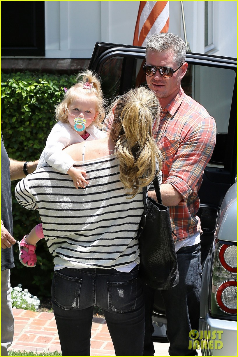 eric dane rebecca gayheart spend sunday with the girls 152882802