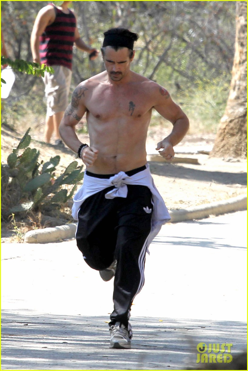 colin farrell shirtless run in hollywood 26
