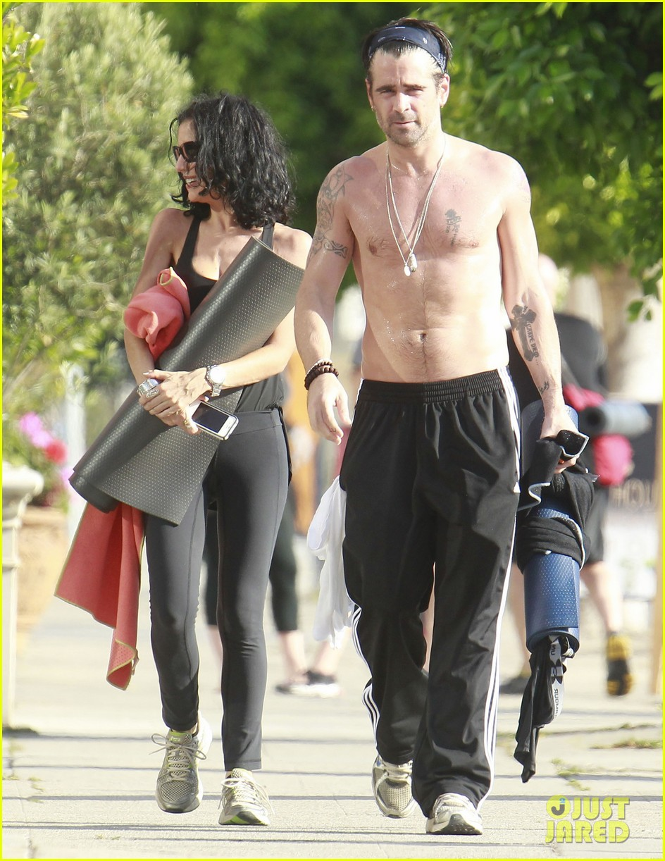 colin farrell shirtless yoga with sister claudine 022884130