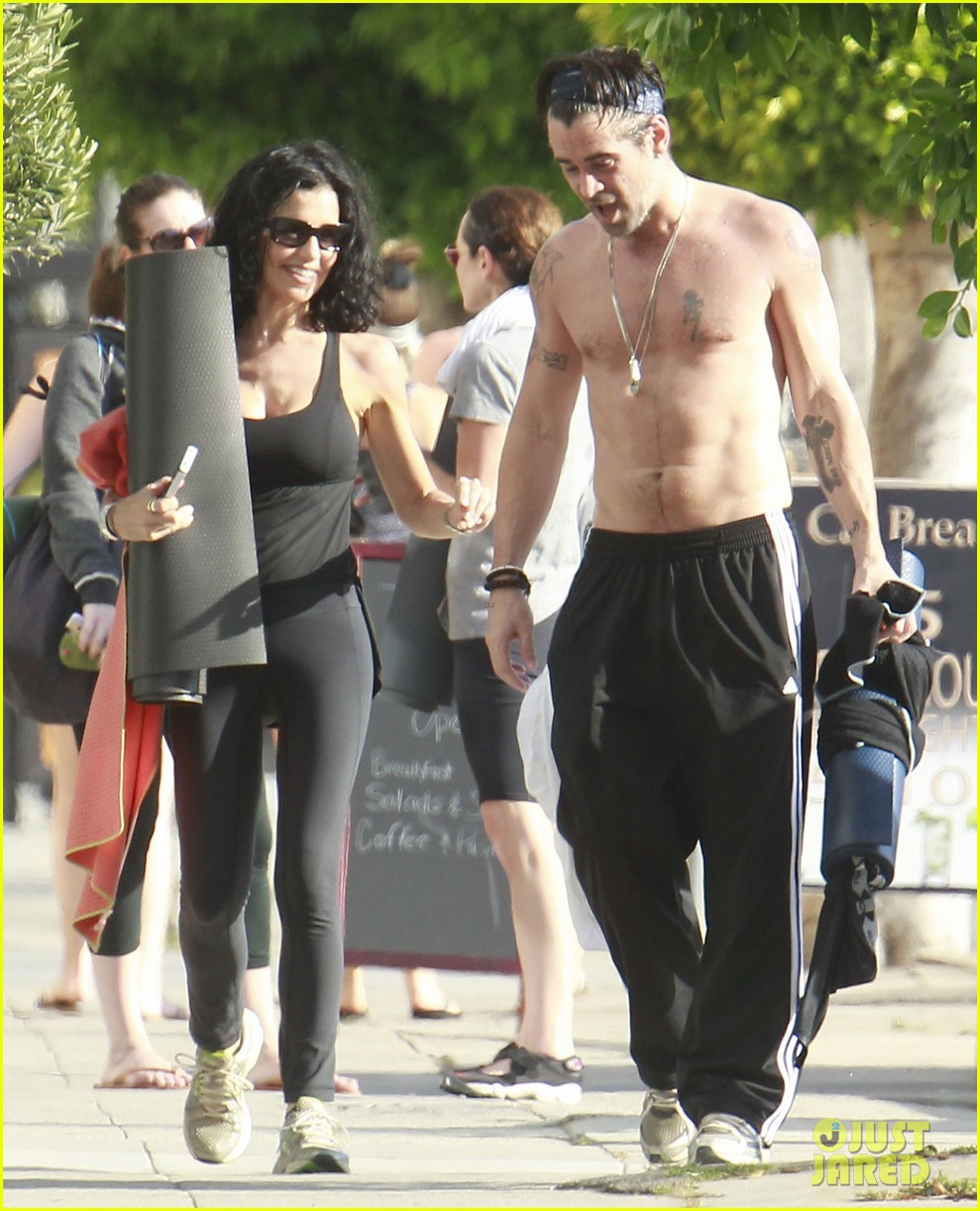 colin farrell shirtless yoga with sister claudine 072884135