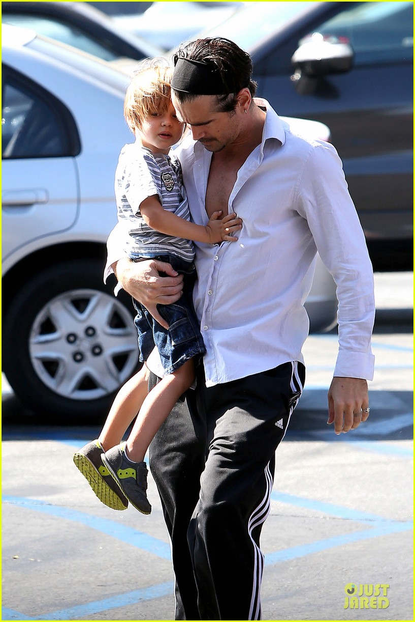 colin farrell rite aid snacks with henry 082891751