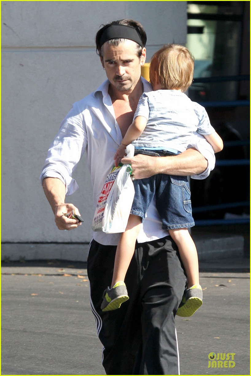 colin farrell rite aid snacks with henry 112891754