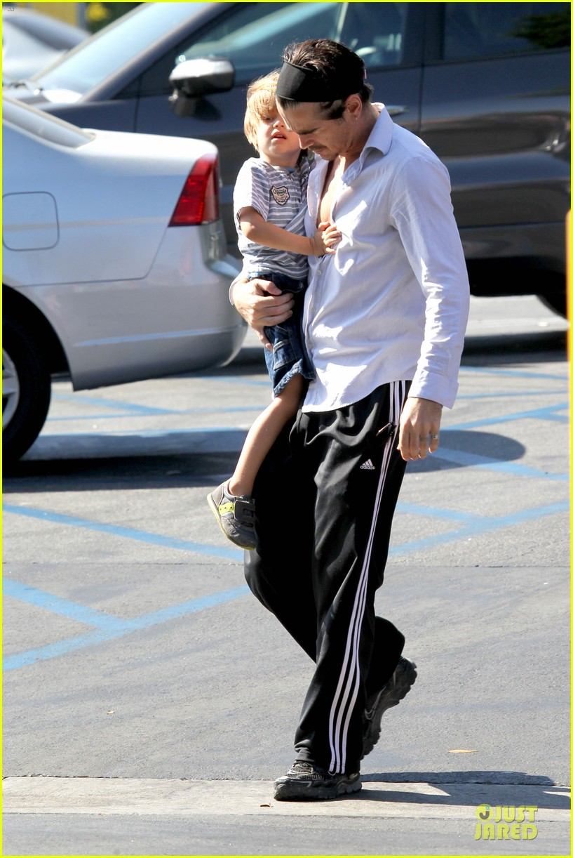 colin farrell rite aid snacks with henry 132891756