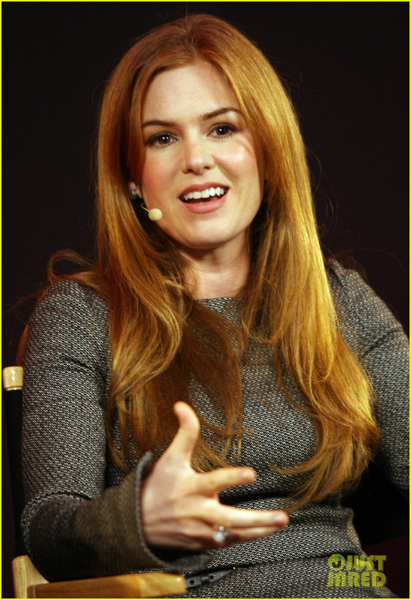 isla fisher apple store appearance in london 042894488
