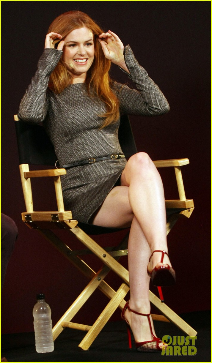 isla fisher apple store appearance in london 052894489