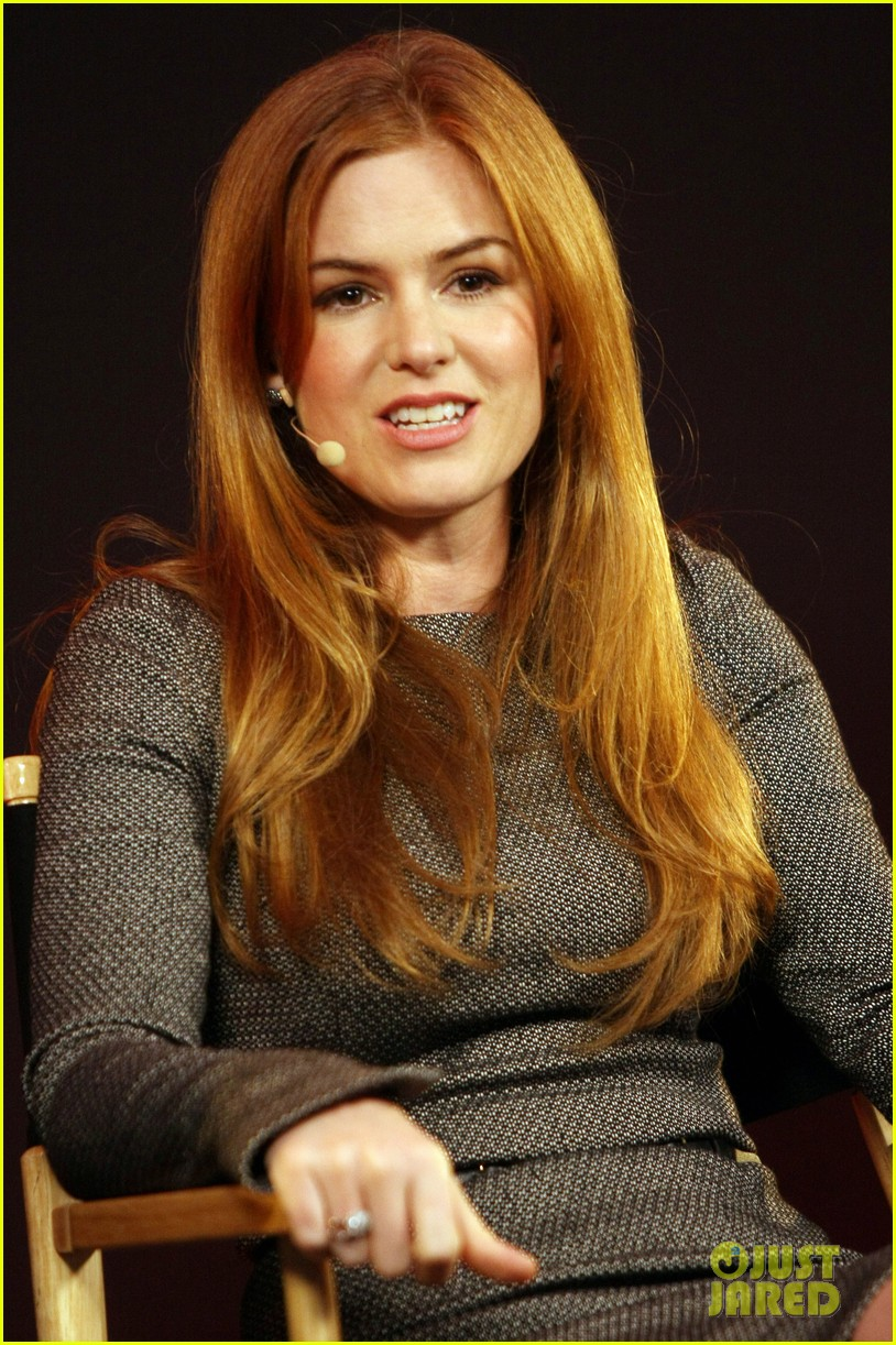 isla fisher apple store appearance in london 072894491