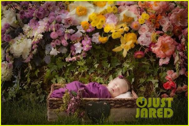 joanna garcia nick swisher baby emerson first photo2893724