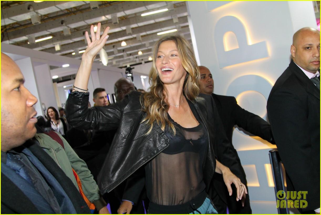 gisele bundchen launches her new lingerie line in brazil 122892471