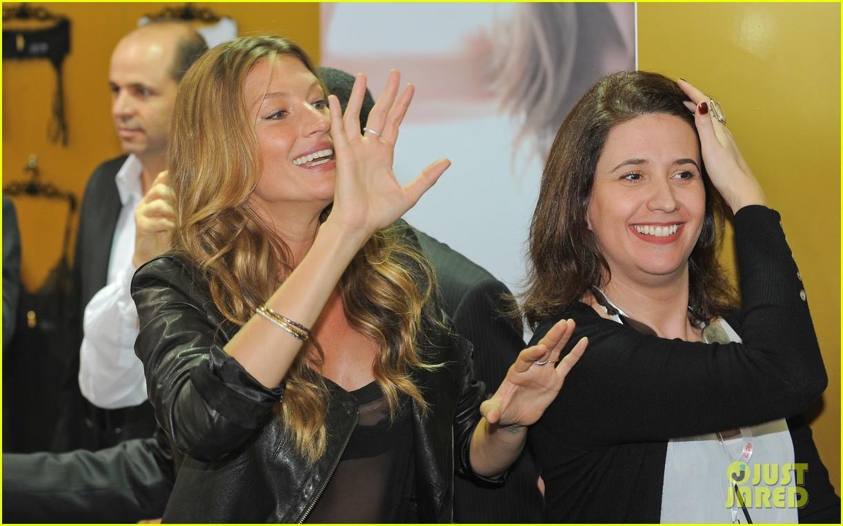 gisele bundchen launches her new lingerie line in brazil 152892474