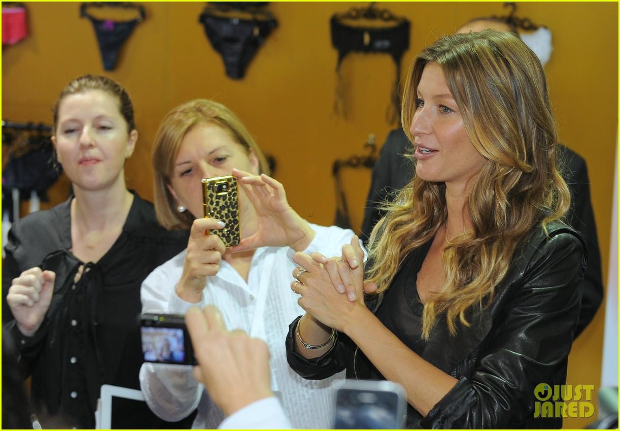 gisele bundchen launches her new lingerie line in brazil 172892476