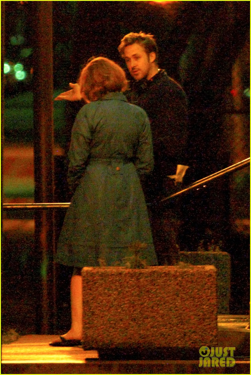 ryan gosling christina hendricks late night on monster set 06