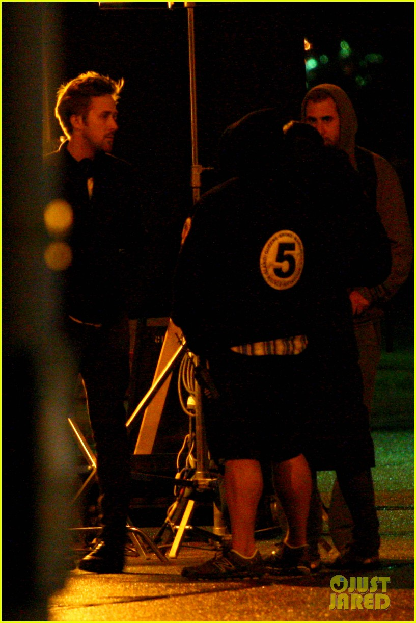 ryan gosling christina hendricks late night on monster set 07