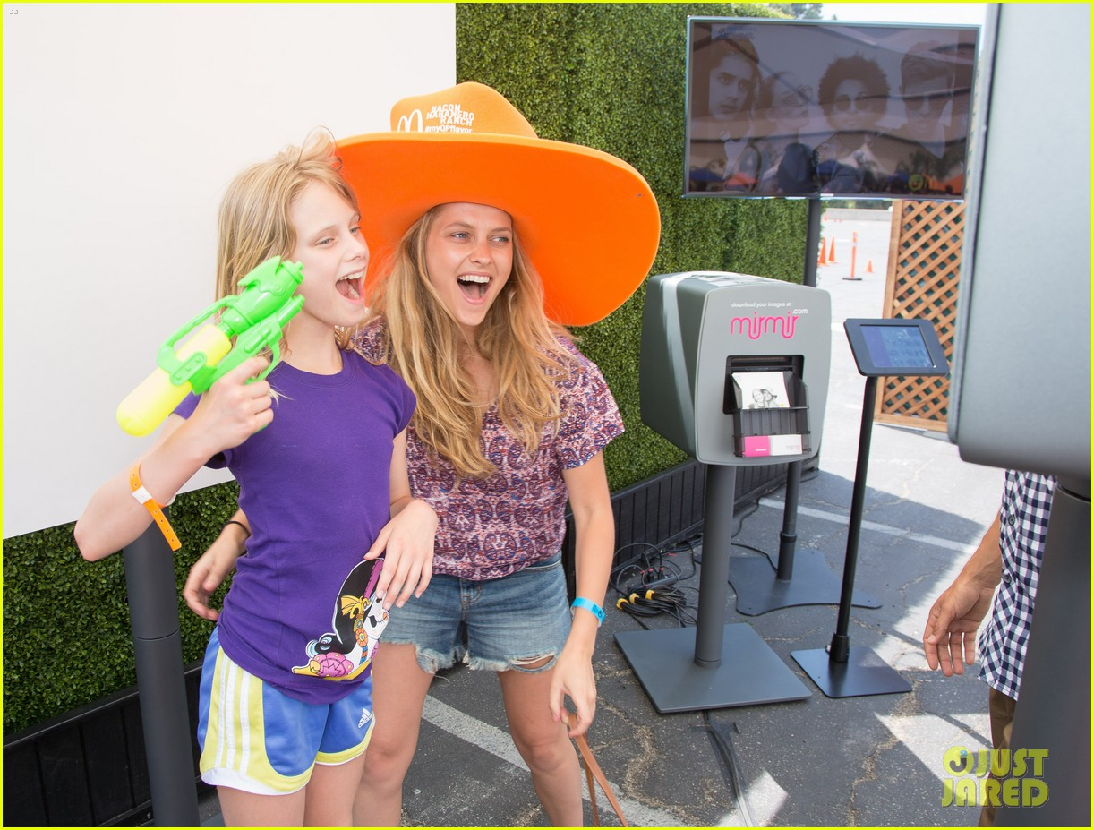 ashley greene teresa palmer just jared summer kick off party presented by mcdonalds 07