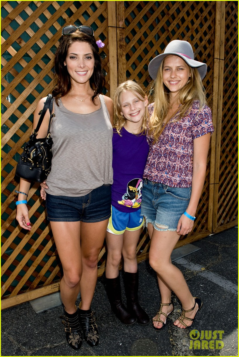 ashley greene teresa palmer just jared summer kick off party presented by mcdonalds 332883248