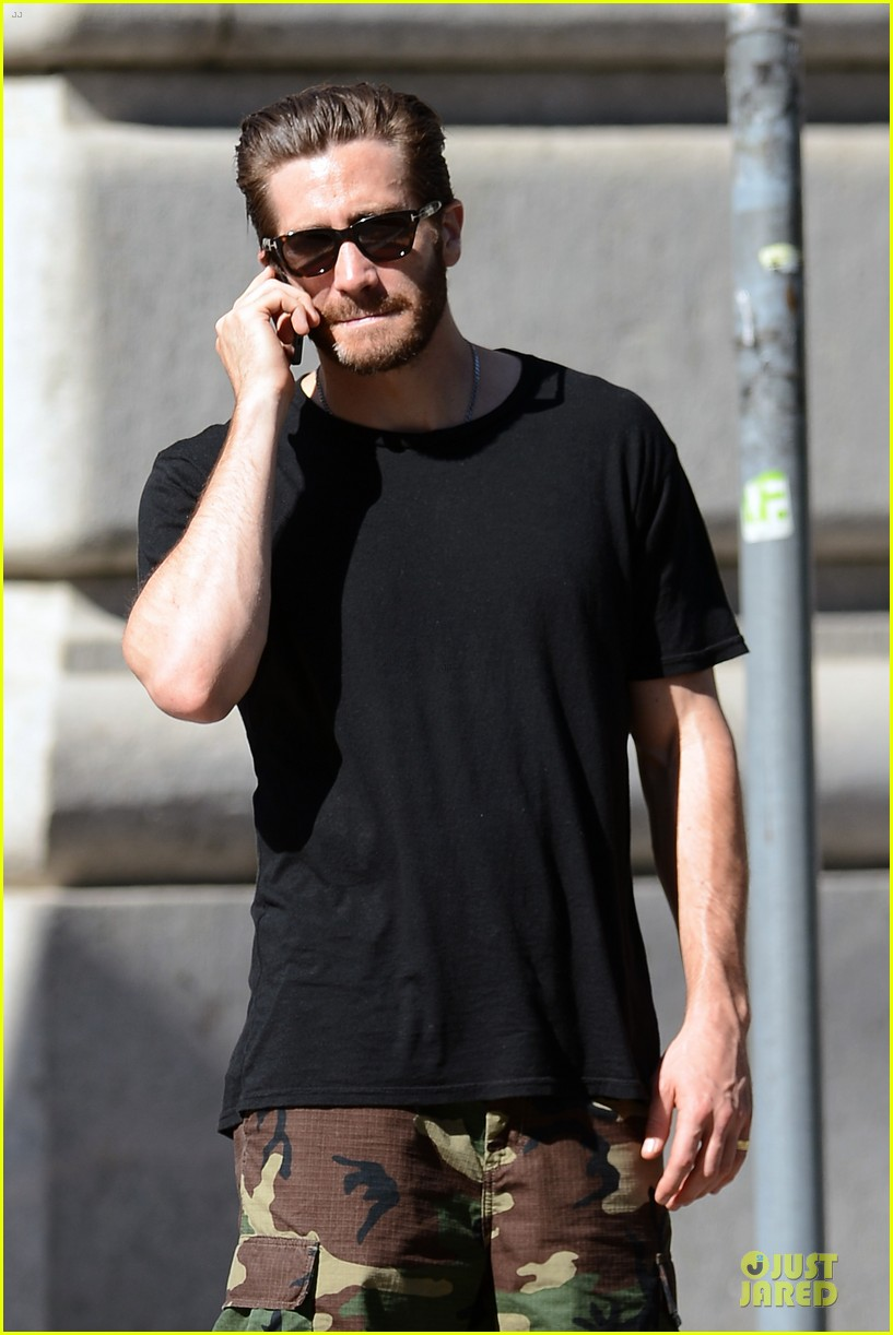 jake gyllenhaal chats while sister maggie promotes white house down 022894603