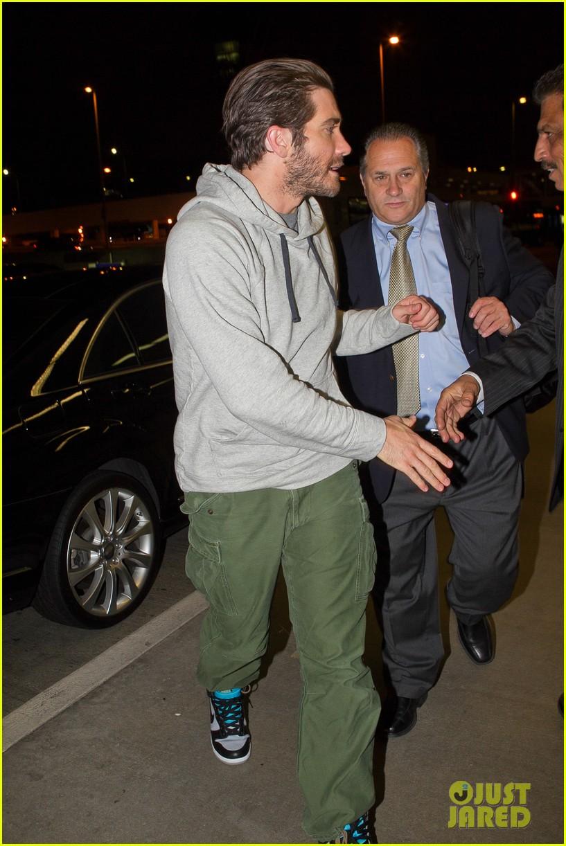 jake gyllenhaal tony awards 2013 red carpet 092887953