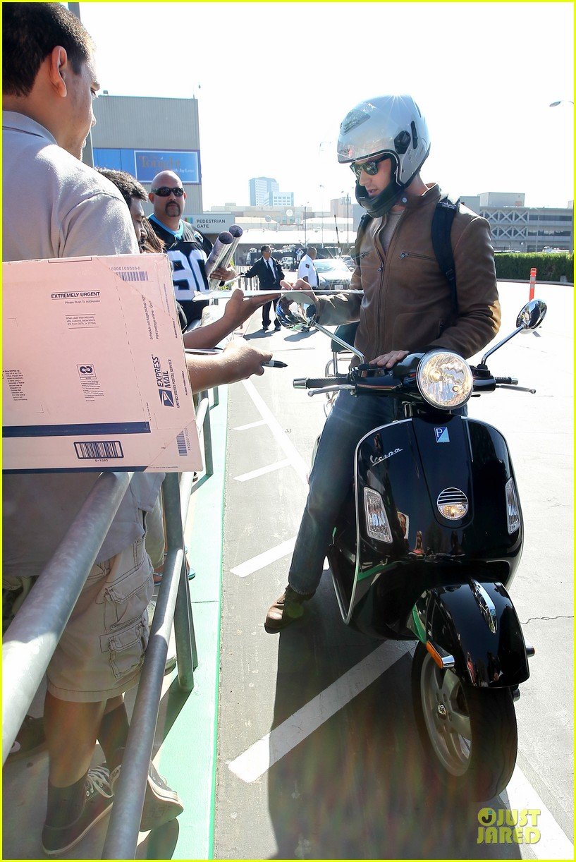 armie hammer motorcycle rider after leno appearance 052891585