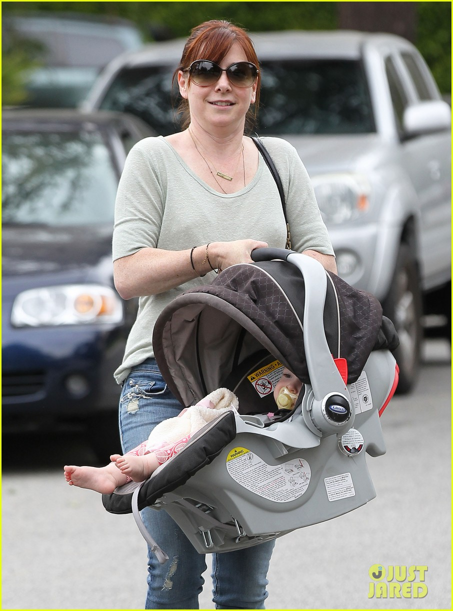 alyson hannigan girls day out with keeva 092898747