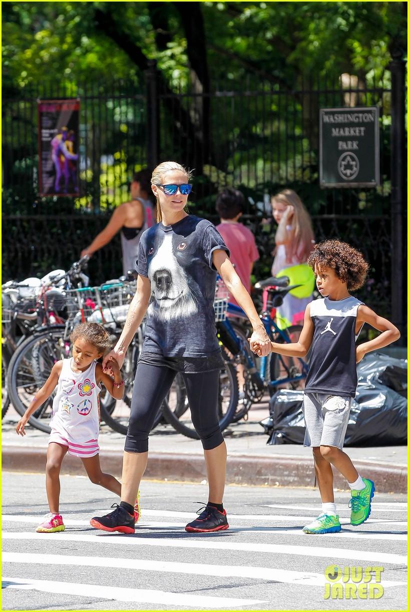 heidi klum martin kirsten take the kids to the park 162897201