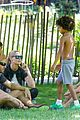 heidi klum martin kirsten take the kids to the park 07