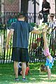 heidi klum martin kirsten take the kids to the park 26