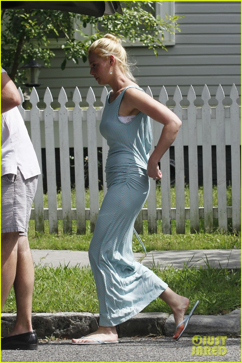 katherine heigl josh kelley run errands in new orleans 032882475