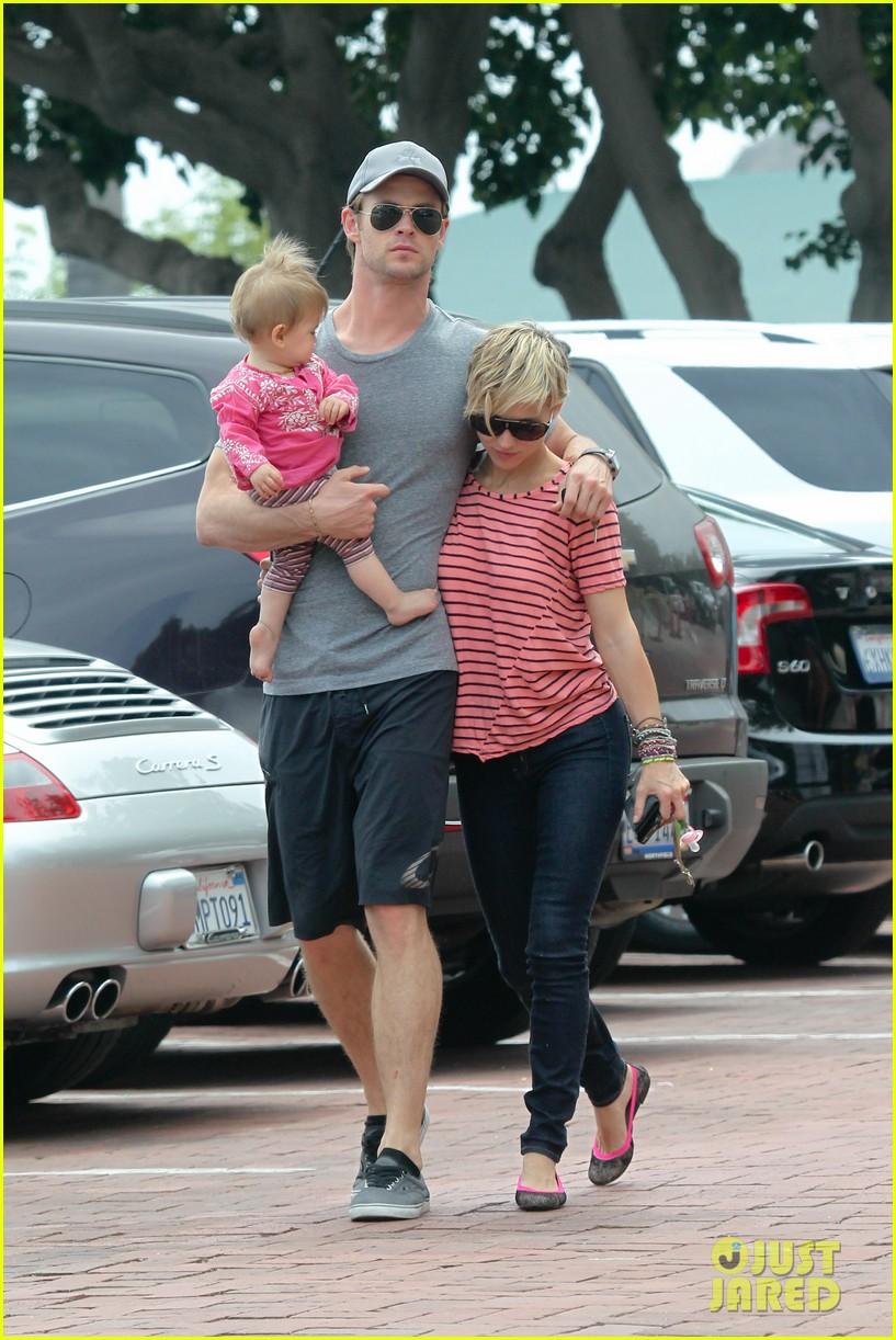 chris hemsworth hugs his family close in malibu 112897463