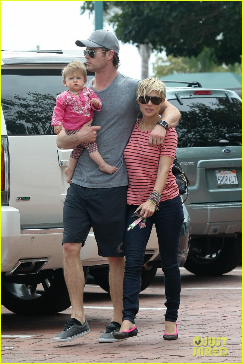 chris hemsworth hugs his family close in malibu 202897472