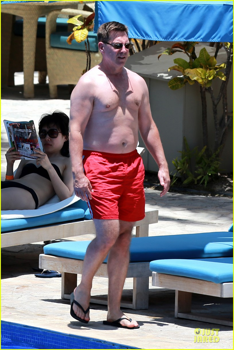 megan hilty cuddling with shirtless brian gallagher in hawaii 232881764